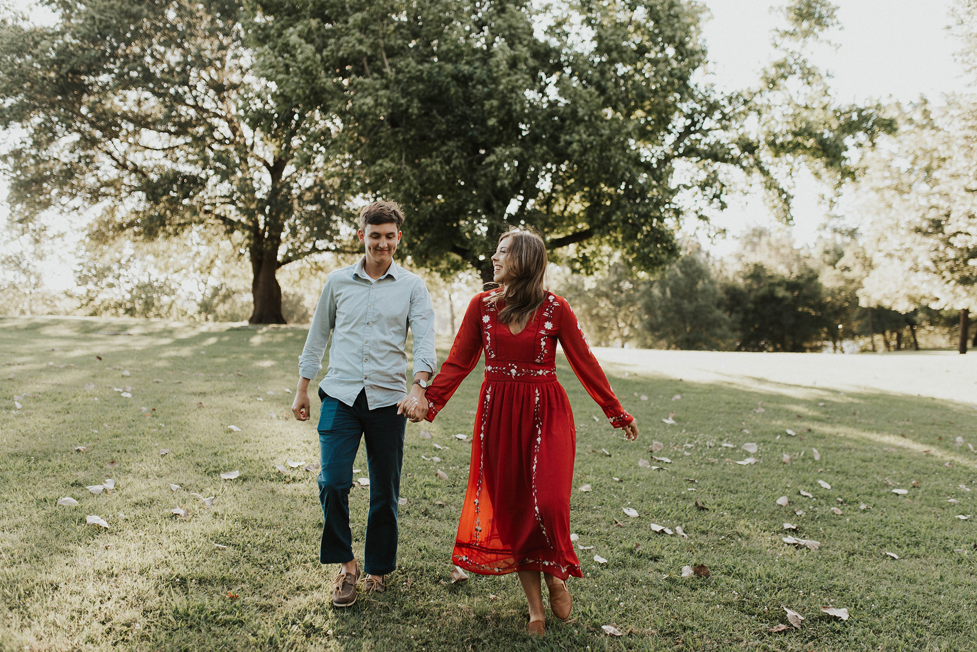 Golden Hour Engagement Session in Arkansas Taryn Lynn Photography01