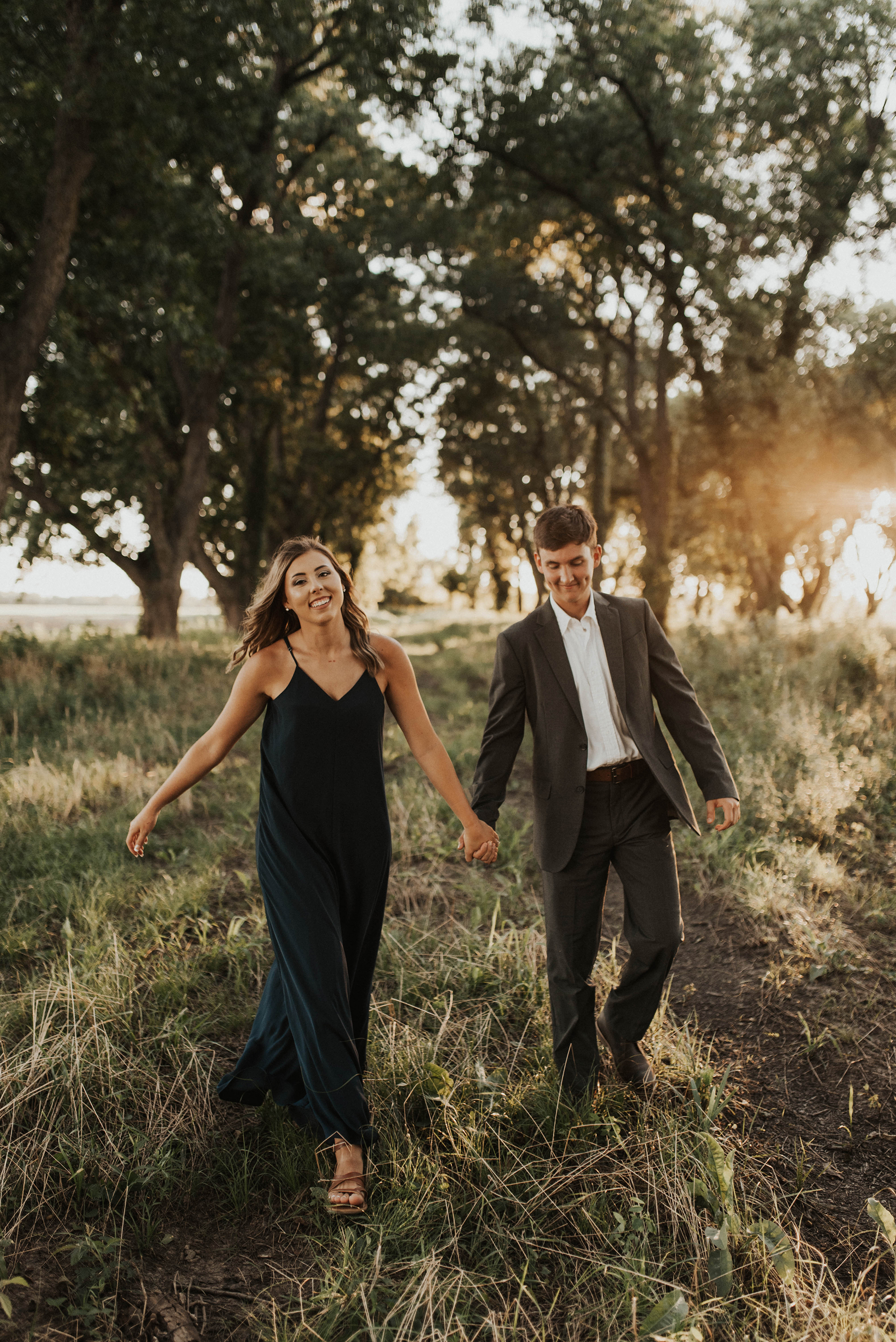 Golden Hour Engagement Session in Arkansas Taryn Lynn Photography10