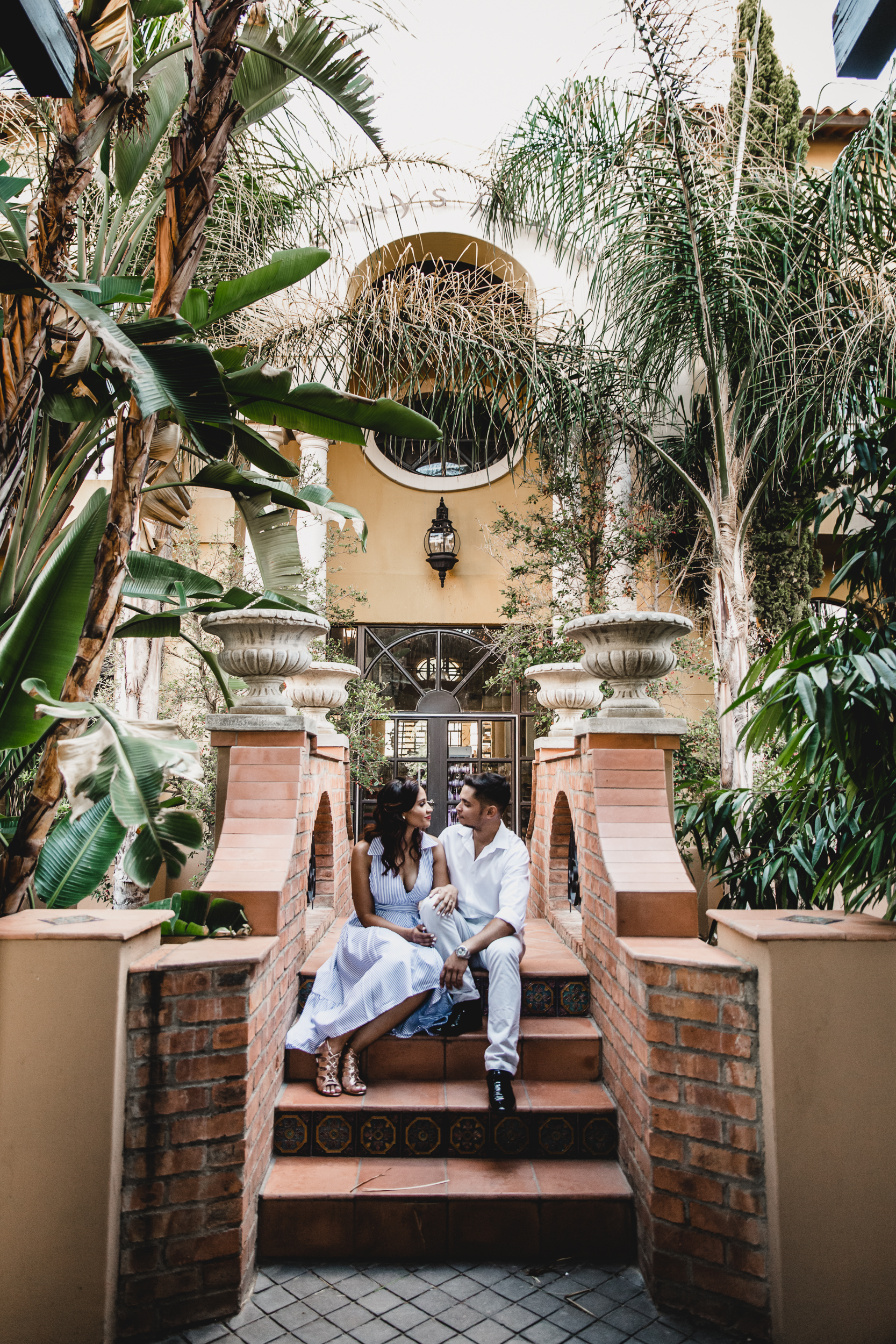Vintage Chic Engagment Session in Namibia Nifty Studio07