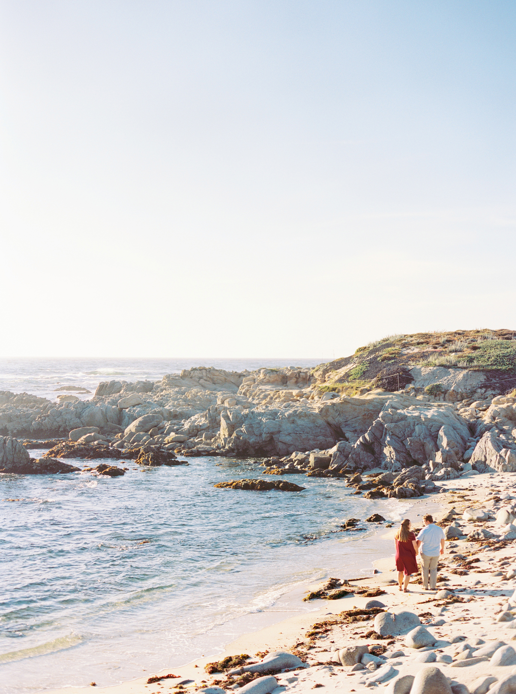 A Golden Hour Engagement Session in Monterey Sarahi Hadden05
