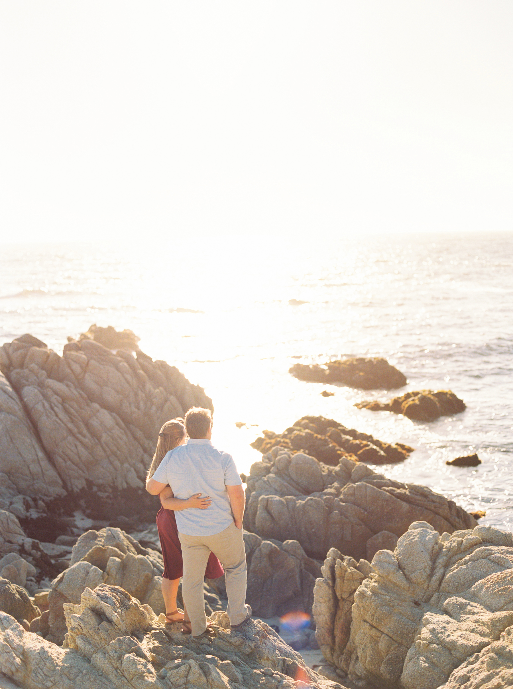A Golden Hour Engagement Session in Monterey Sarahi Hadden09