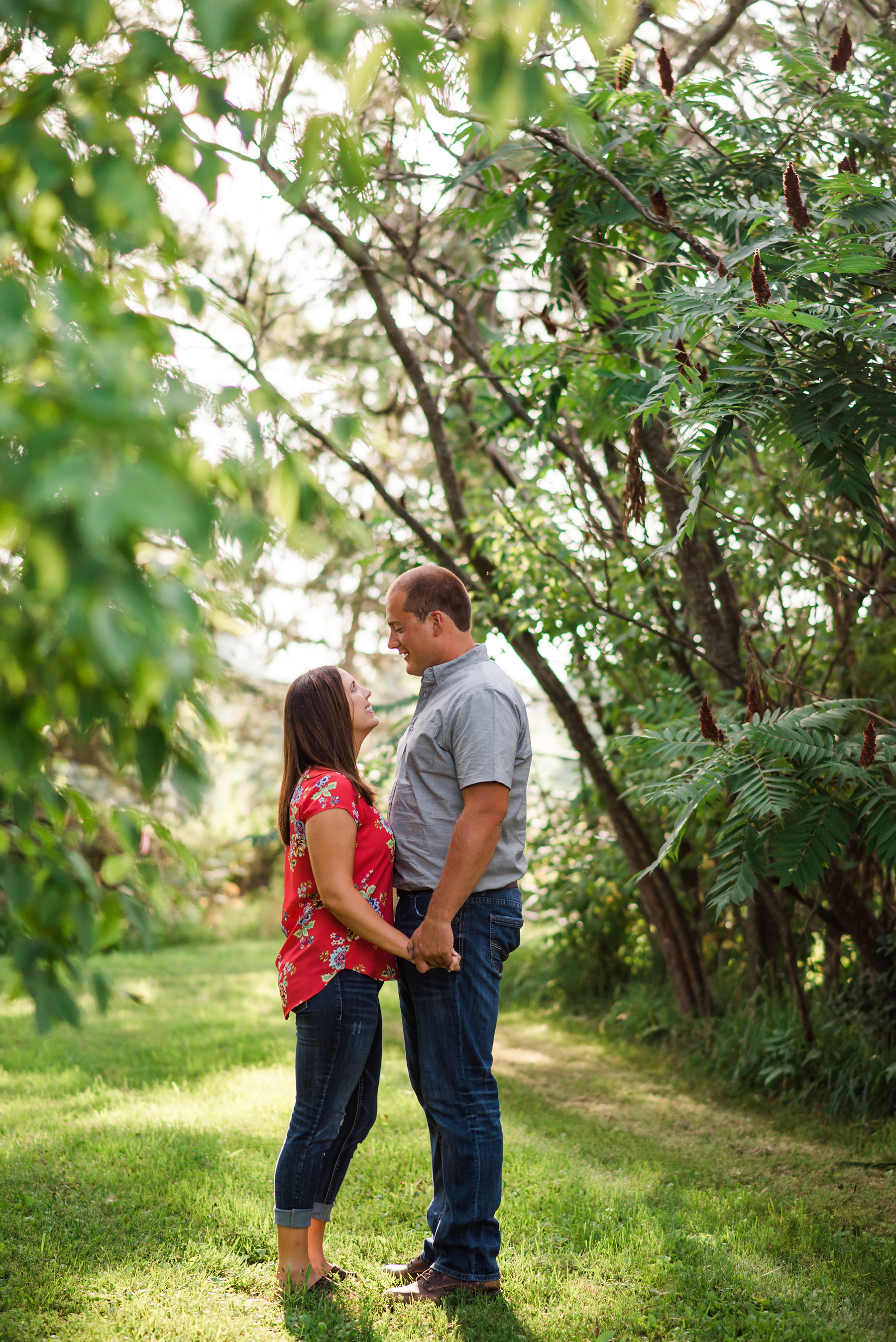 Farmstead Wisconsin Engagement Session Ruxin John Photography01