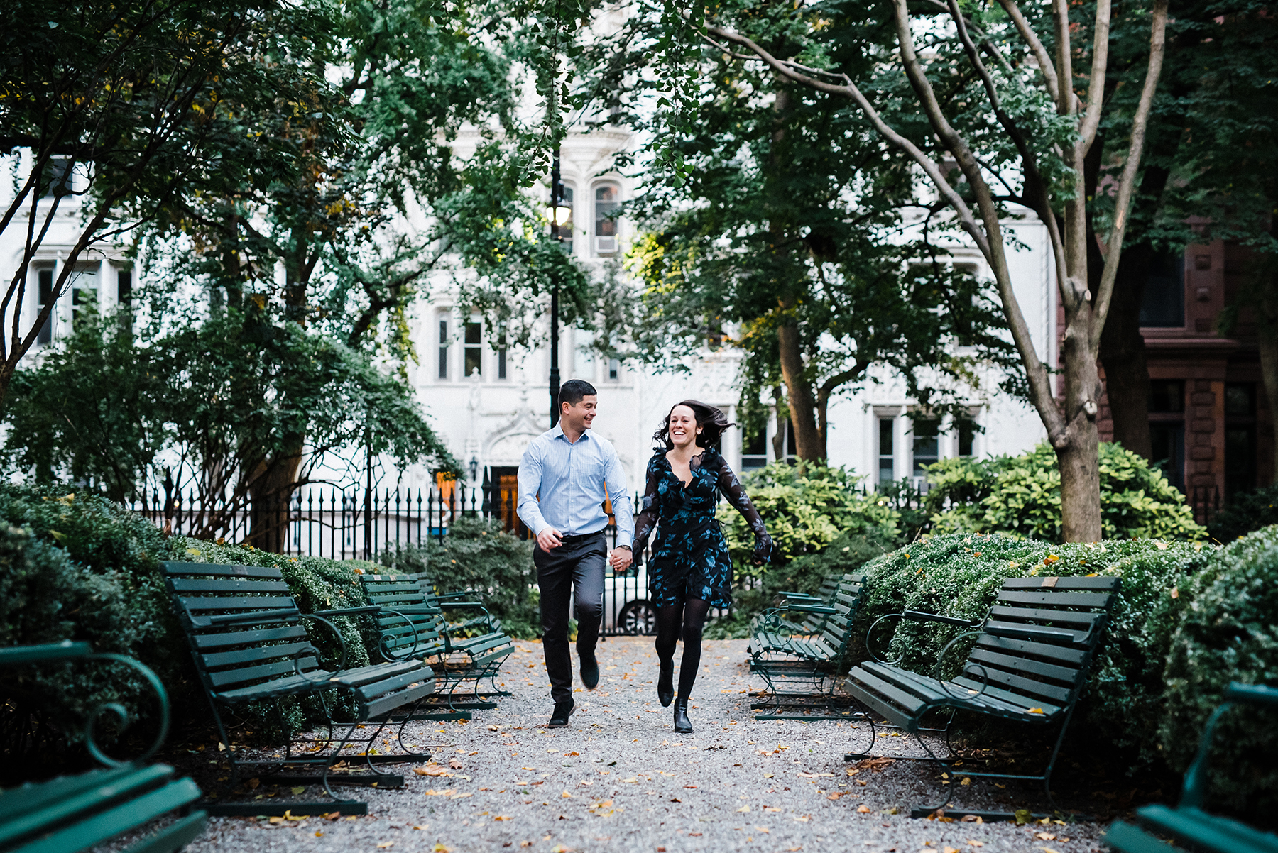Intimate Gramercy Park Engagement Session in New York City Josie V Photography06