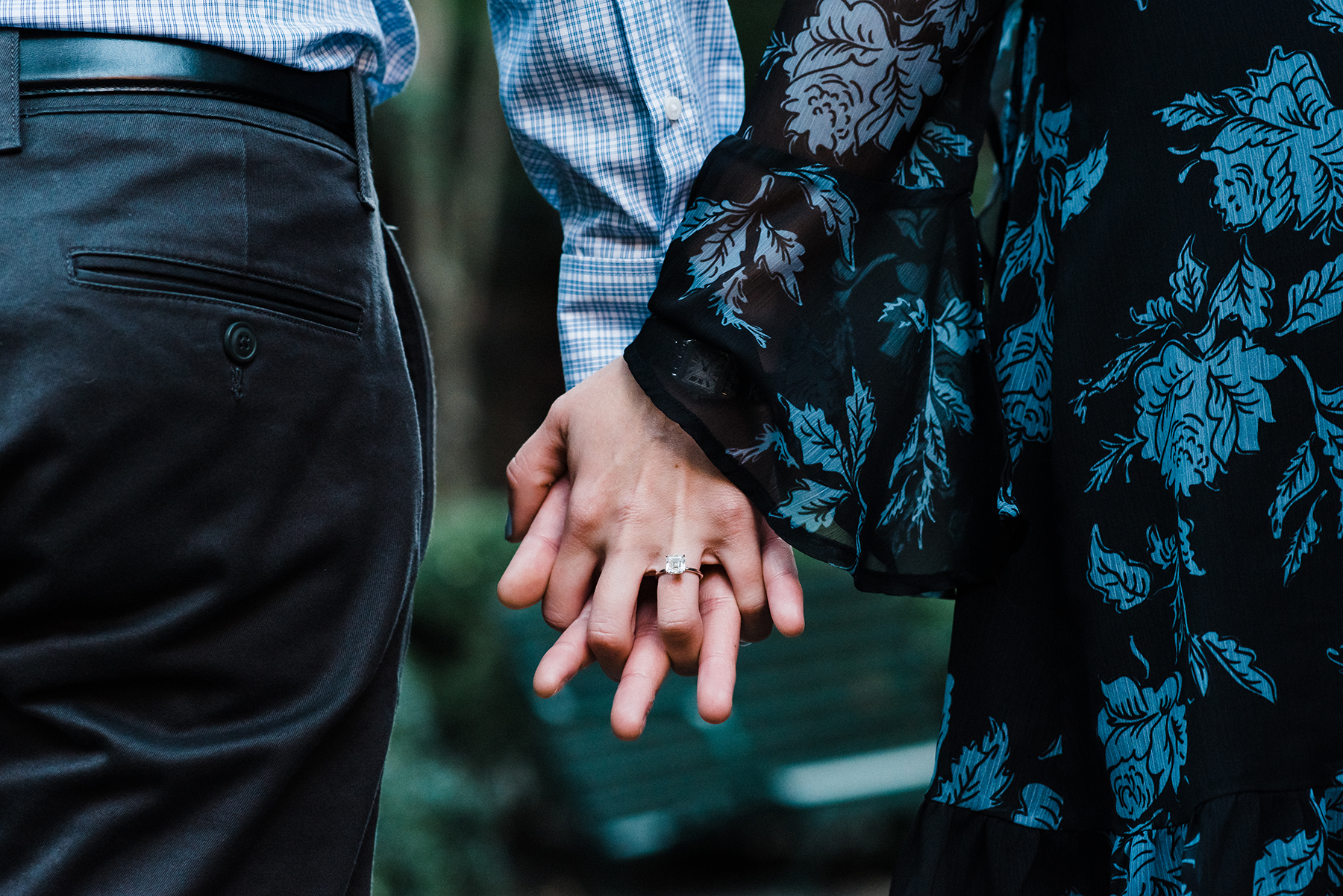 Intimate Gramercy Park Engagement Session in New York City Josie V Photography09