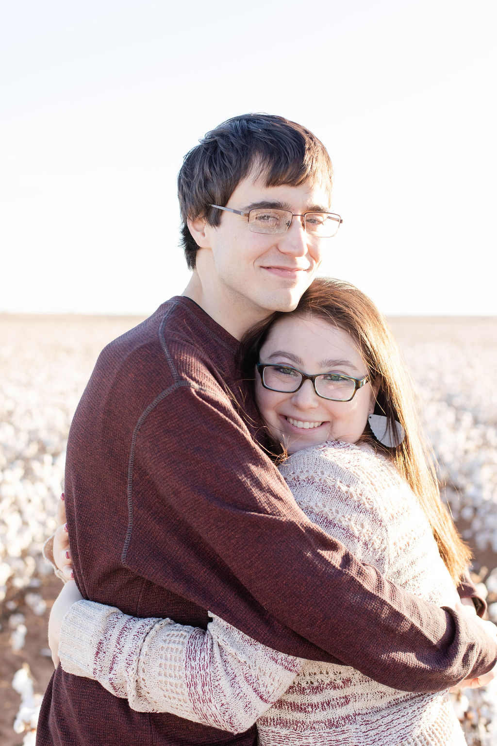 Relaxed Texas Engagement Session in a Cotton Field Kirsten Prater05