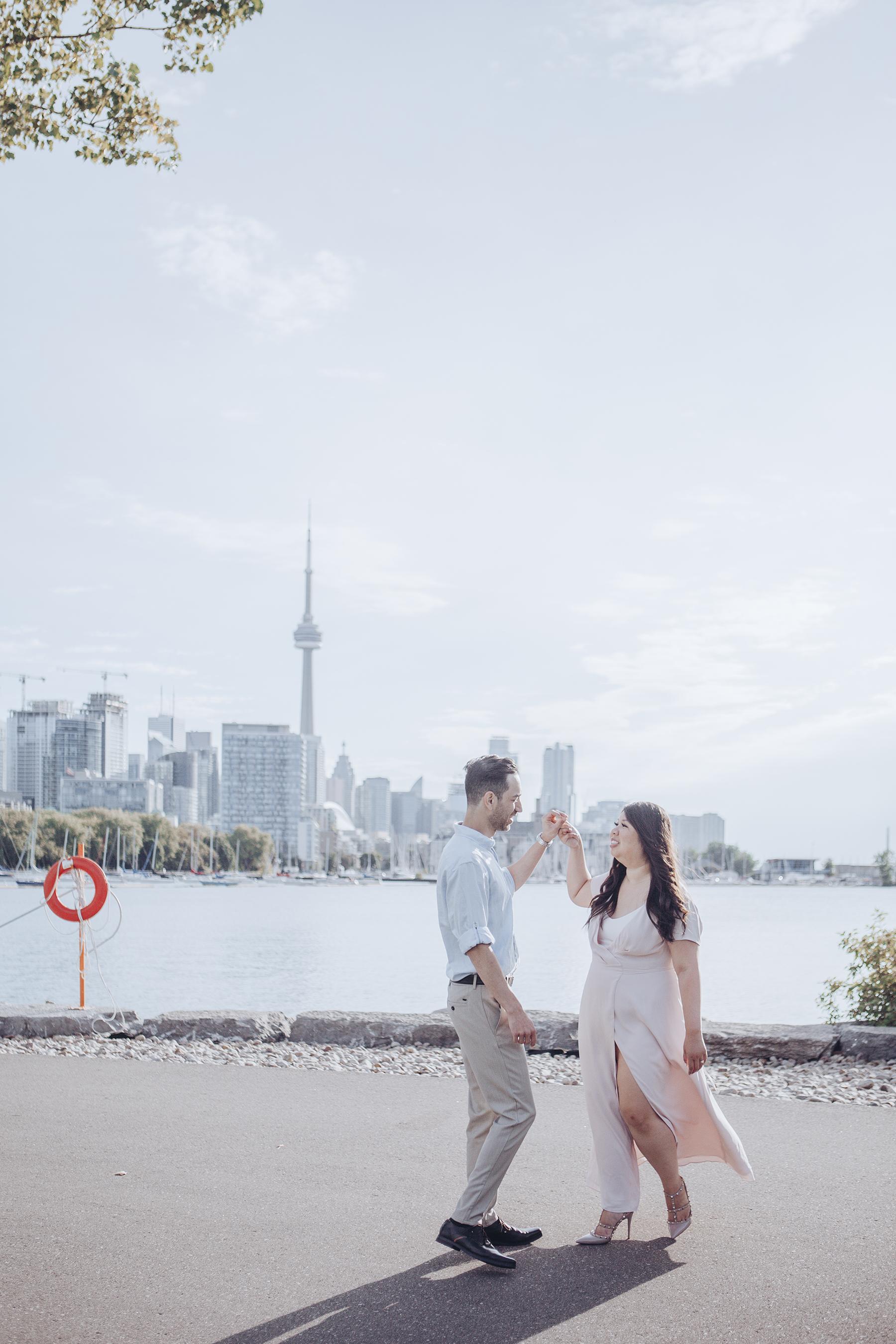 Trillium Park Engagement Session in Toronto Lisa Vigliotta Photography04