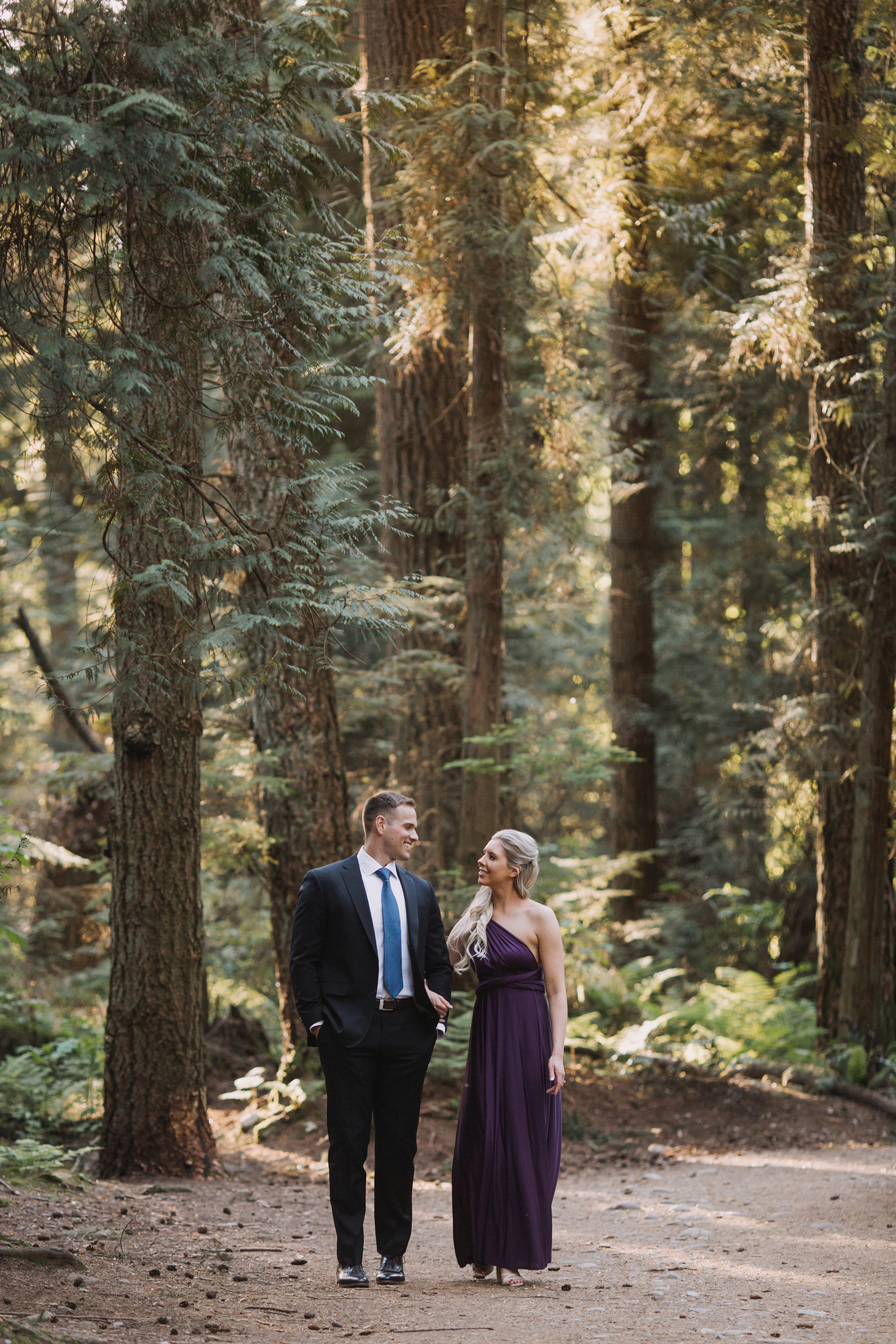 Woodsy and Coastal Engagement Session in Vancouver Karizma Photography01
