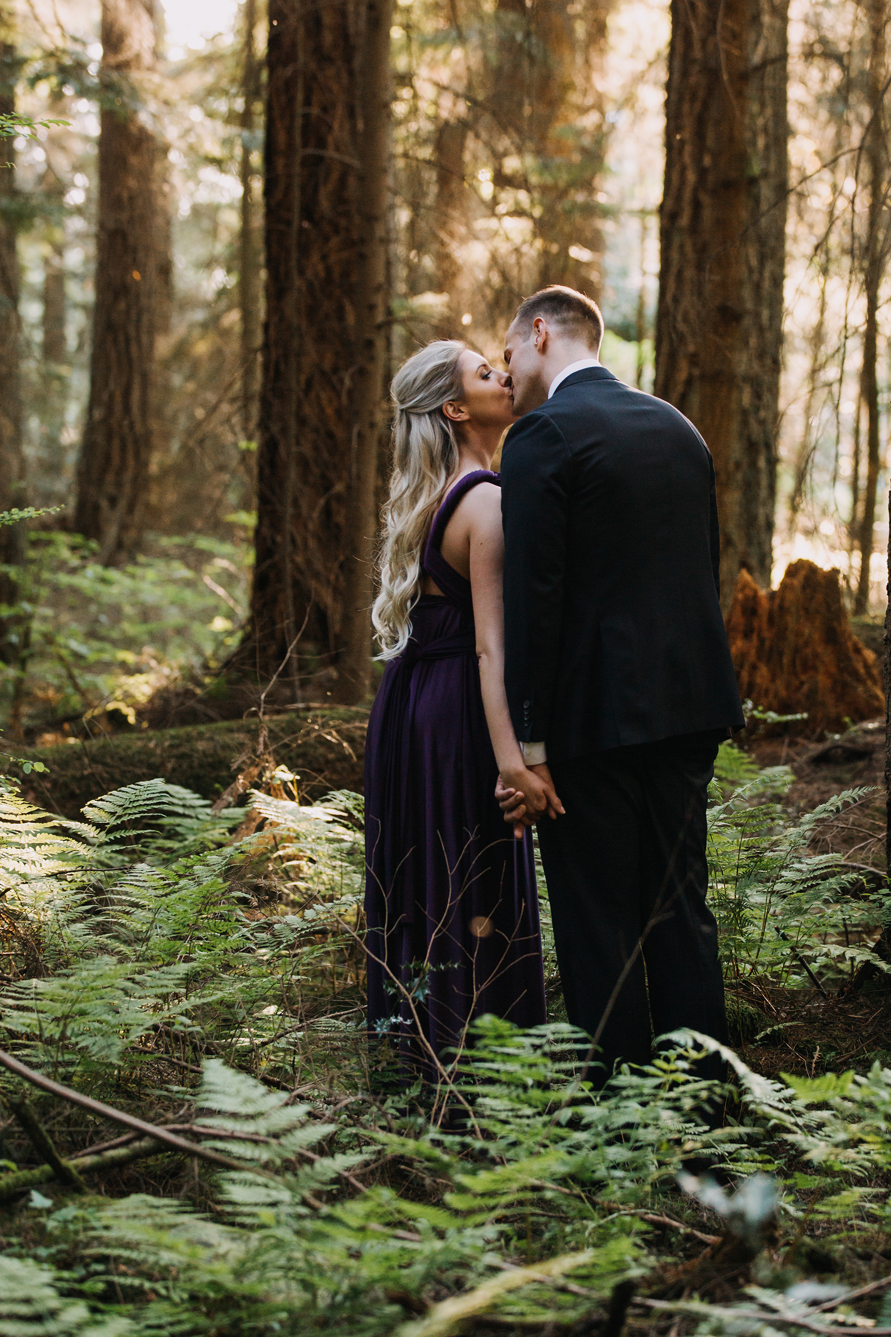 Woodsy and Coastal Engagement Session in Vancouver Karizma Photography06