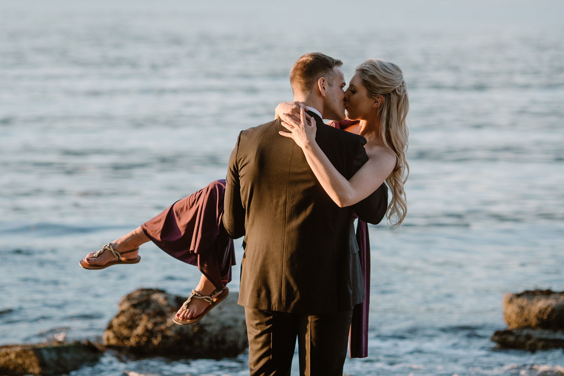 Woodsy and Coastal Engagement Session in Vancouver Karizma Photography11