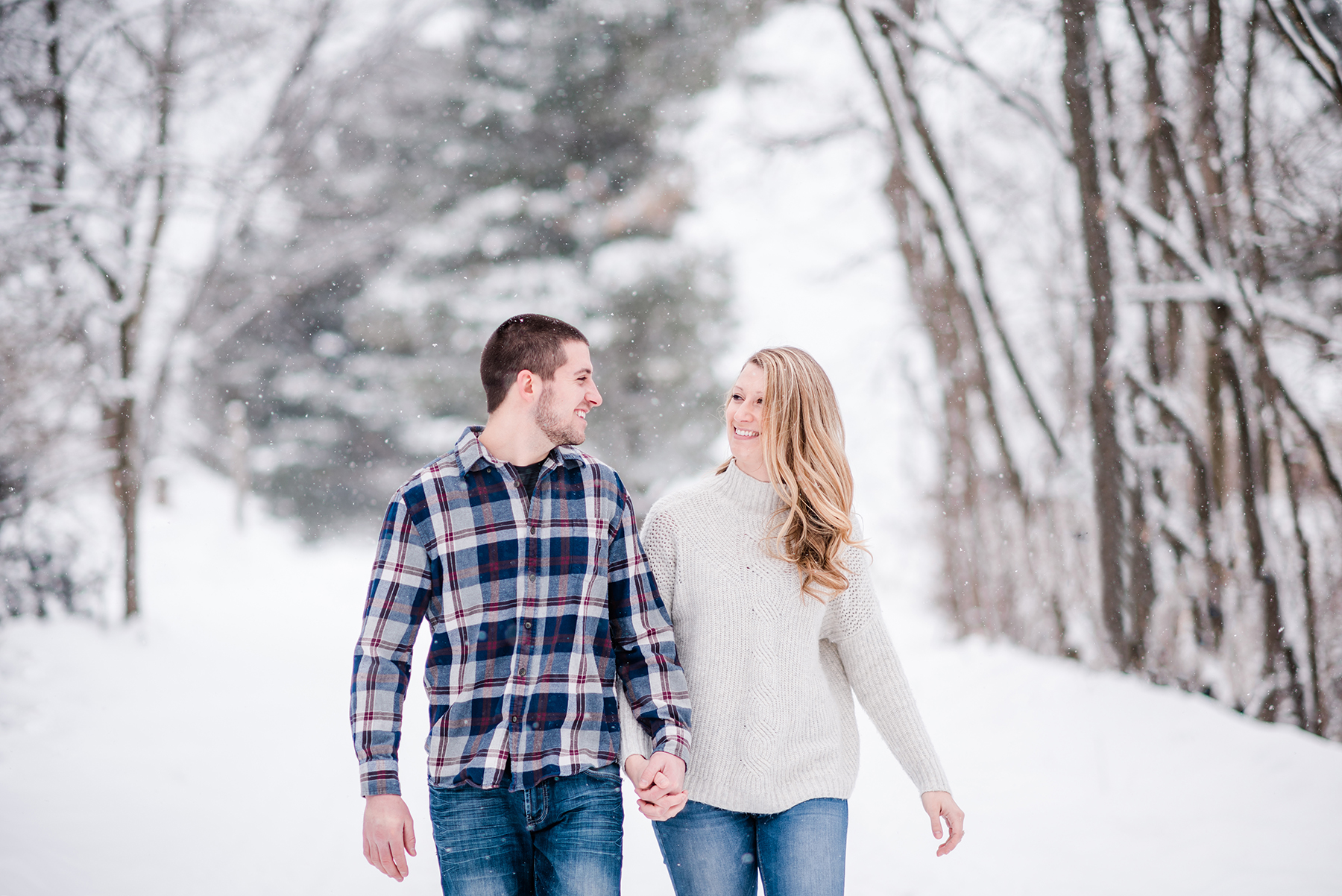 Snowy Wisconsin Engagement Session Ruxin John Photography08