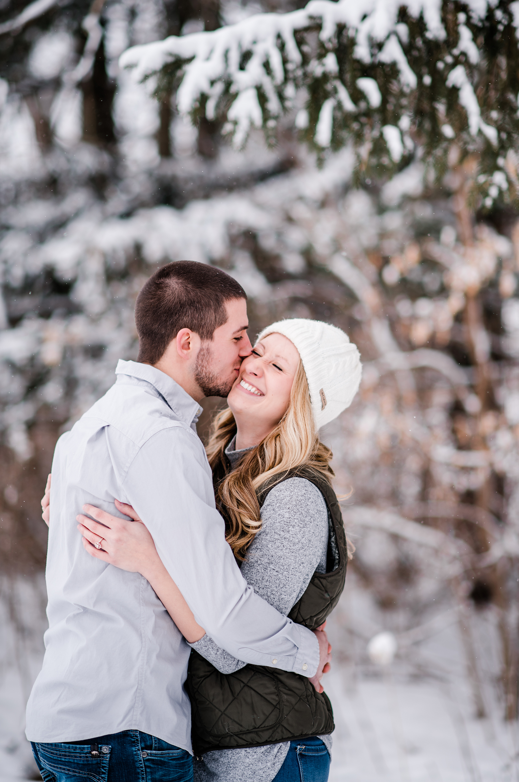 Snowy Wisconsin Engagement Session Ruxin John Photography10