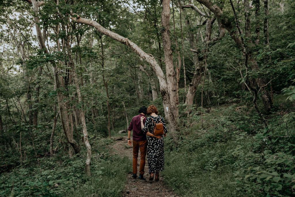 Jess-and-Amir_Shenandoah-AdventureSession-Flit-Photography-101-min