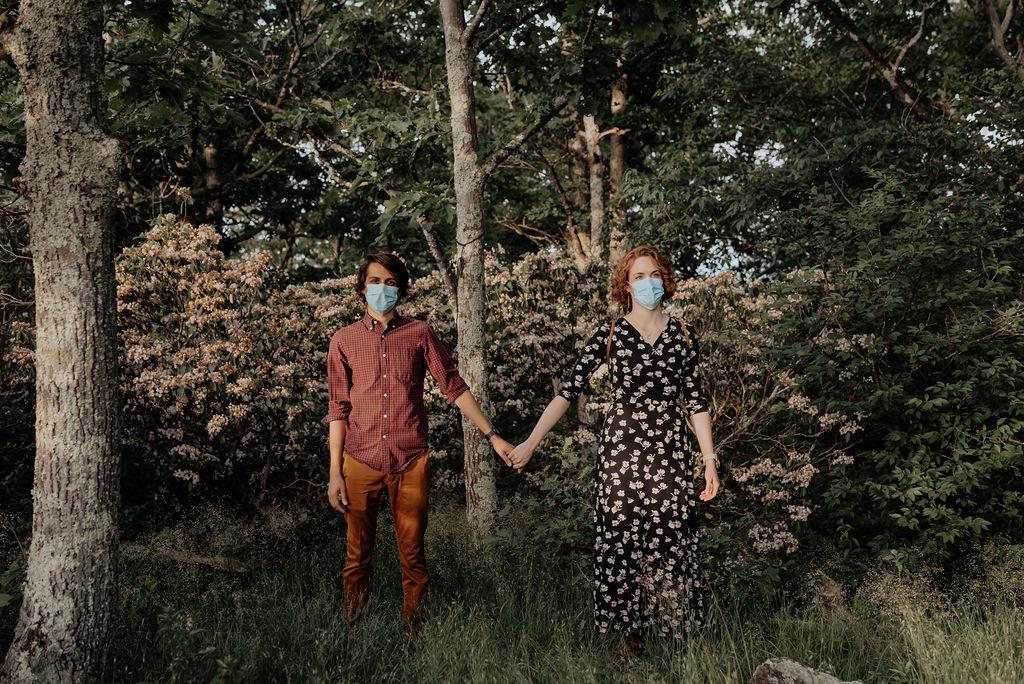 Jess-and-Amir_Shenandoah-AdventureSession-Flit-Photography-21-min