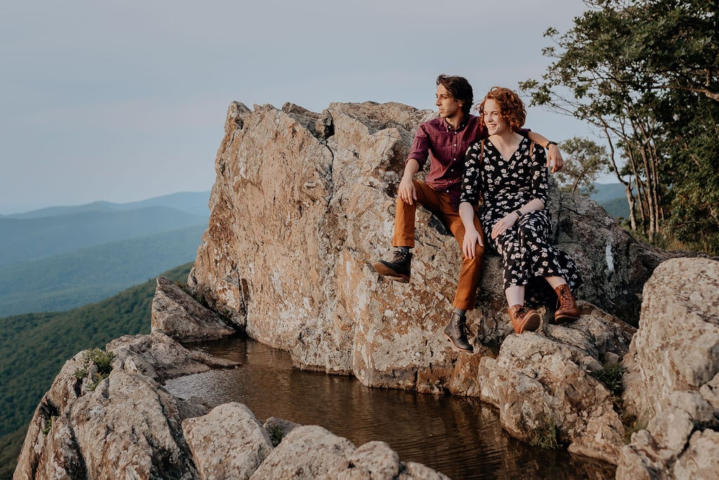 Jess-and-Amir_Shenandoah-AdventureSession-Flit-Photography-26-min